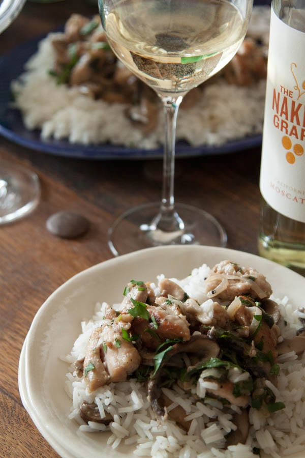 Lemon Herb Chicken Moscato from www.whatsgabycooking.com