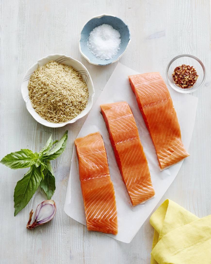 Pan Seared Salmon with an Herb Pesto Vinaigrette Prep