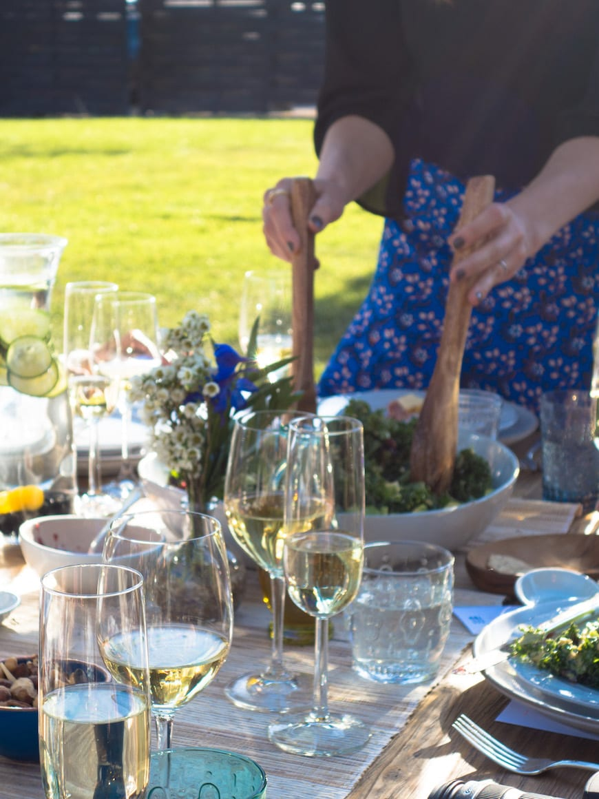 How to Throw a Dinner Party and Not Break the Bank