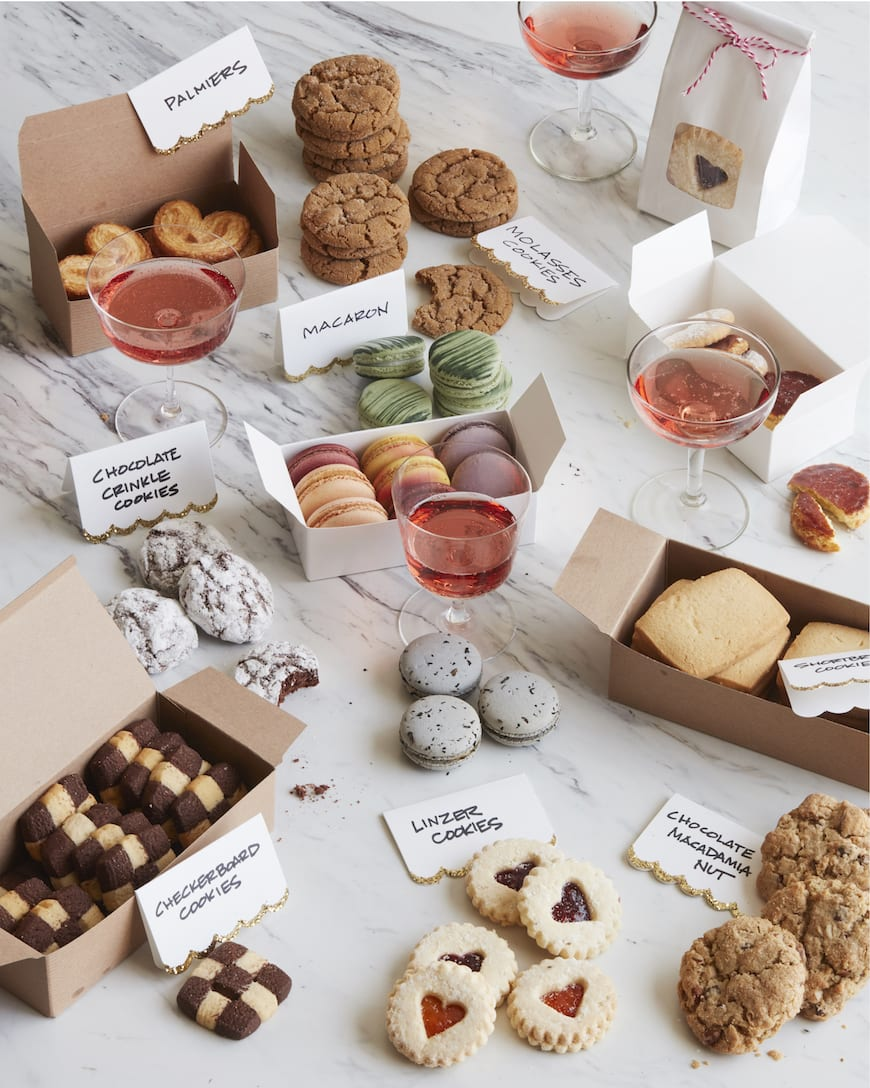 How to Host the Ultimate Cookie Swap from www.whatsgabycooking.com (@Whatsgabycookin)