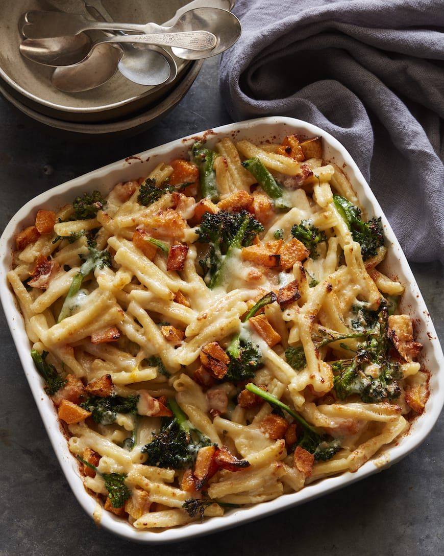The Ultimate Mac and Cheese from www.whatsgabycooking.com (@whatsgabycookin)