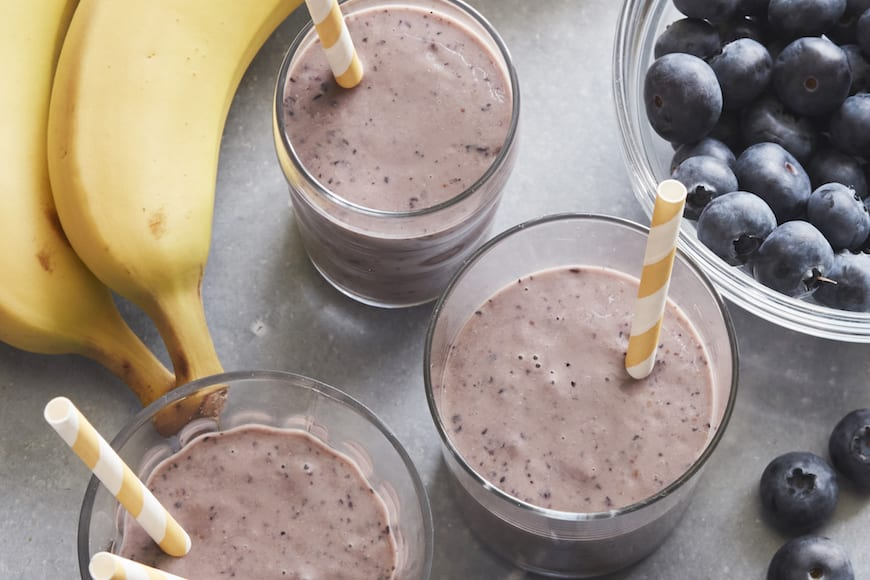 Blueberry Muffin Smoothie from www.whatsgabycooking.com (@whatsgabycookin)