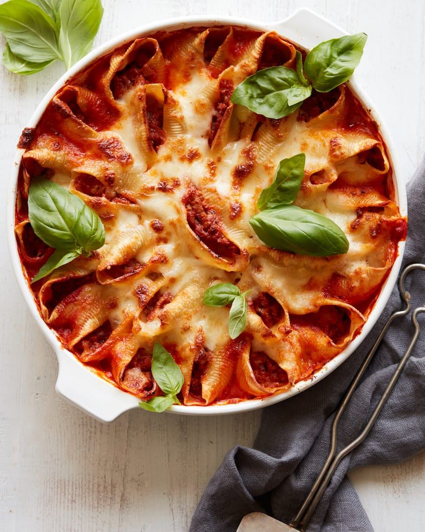 Turkey Bolognese Stuffed Shells from www.whatsgabycooking.com (@whatsgabycookin)