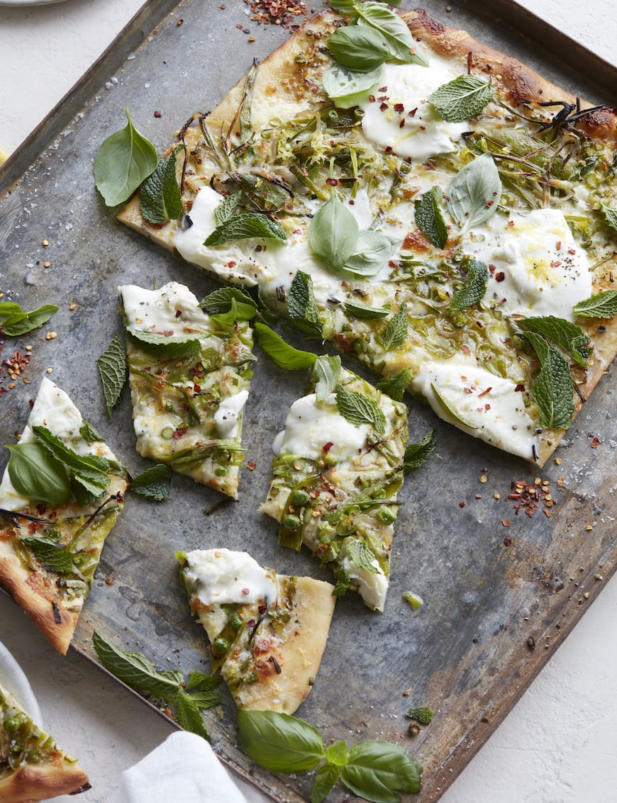 Green Pizza from www.whatsgabycooking.com (@whatsgabycookin)
