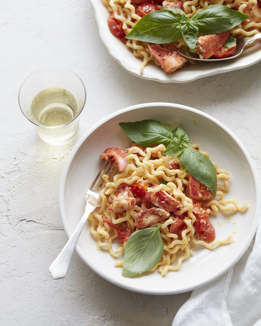Summer Lobster Pasta from www.whatsgabycooking.com (@whatsgabycookin)