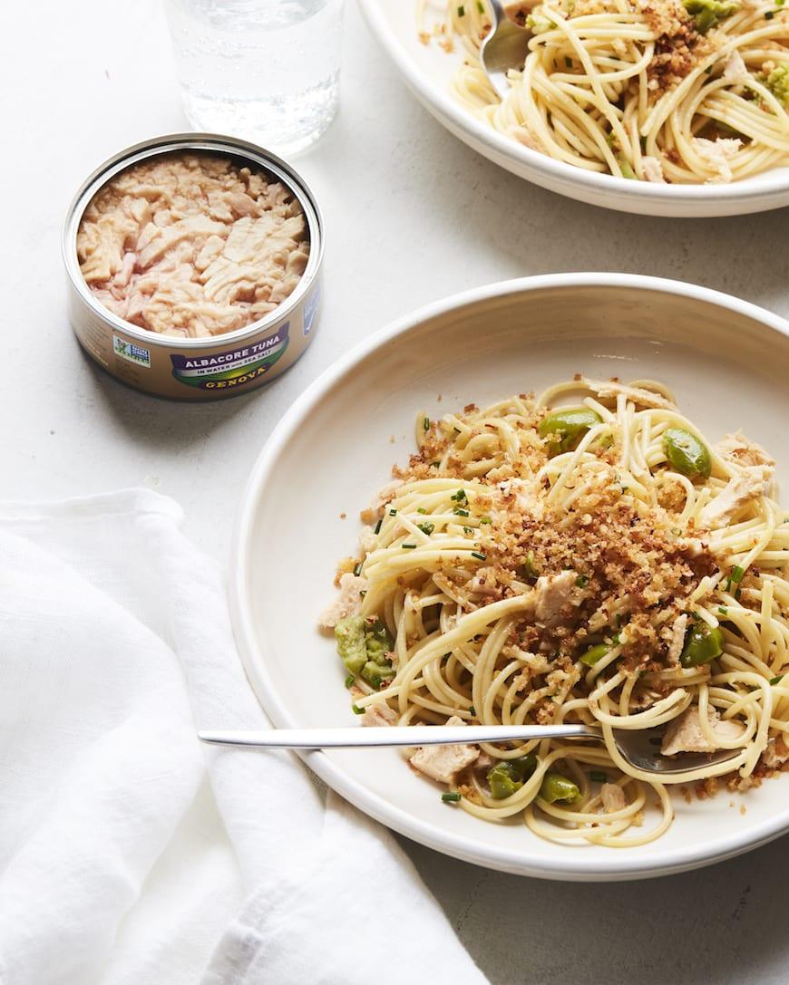Lemon Spaghetti with Tuna and Breadcrumbs from www.whatsgabycooking.com (@whatsgabycookin)