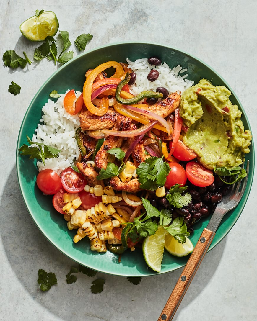 Chicken Fajita Bowls from www.whatsgabycooking.com (@whatsgabycookin)