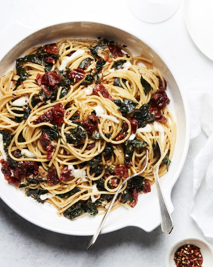 Sun Dried Tomato and Kale Pasta (with a white wine sauce!) from www.whatsgabycooking.com (@whatsgabycookin)