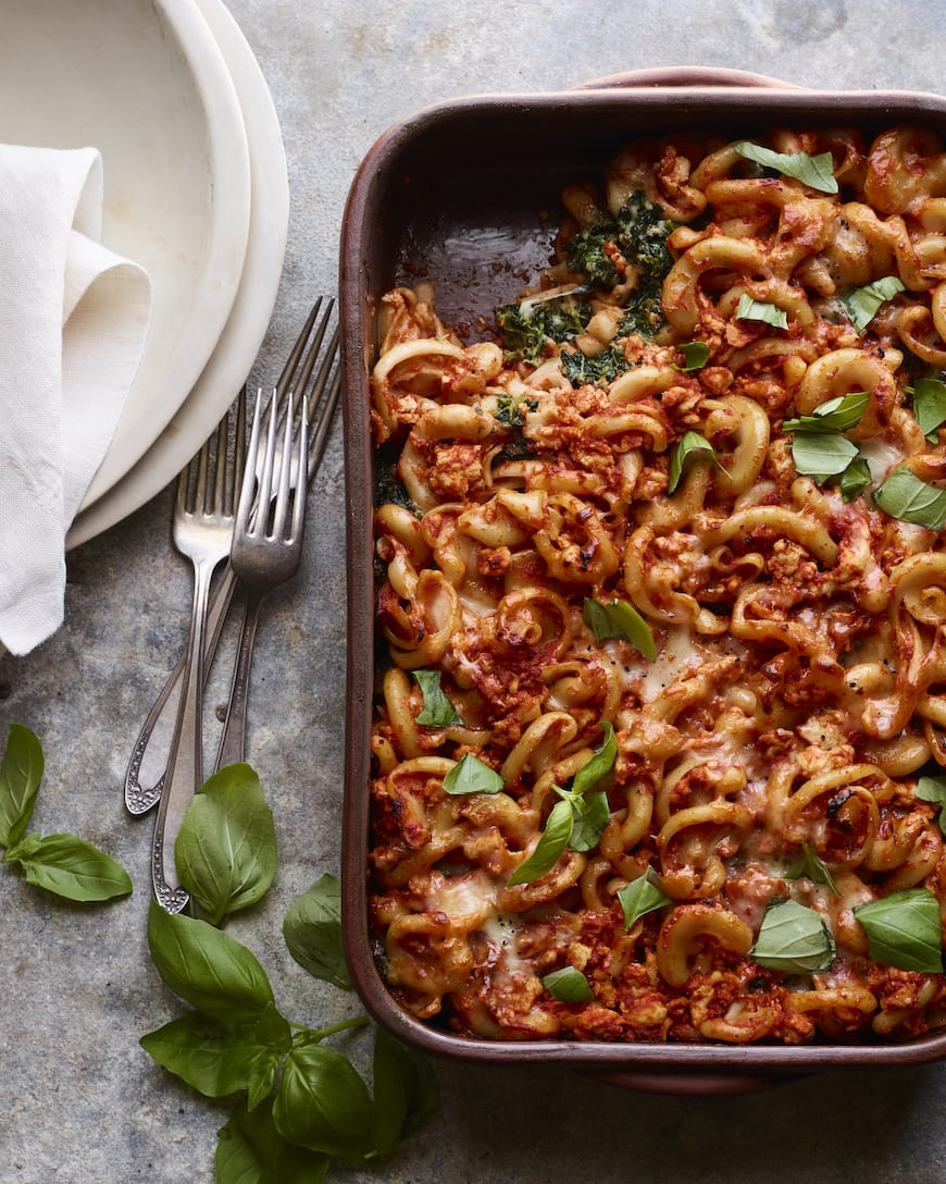 Creamy Cheesy Chicken Spinach Pasta Bake from www.whatsgabycooking.com (@whatsgabycookin)