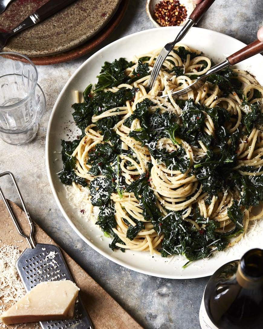 Cheesy Kale Pasta from www.whatsgabycooking.com (@whatsgabycookin)