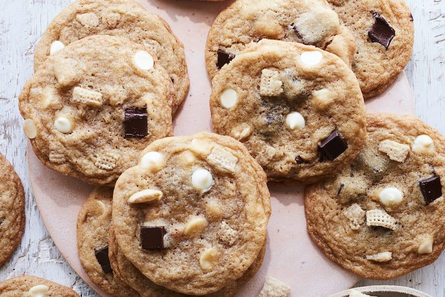 White Chocolate Chex Sugar Cookies from www.whatsgabycooking.com (@whatsgabycookin)