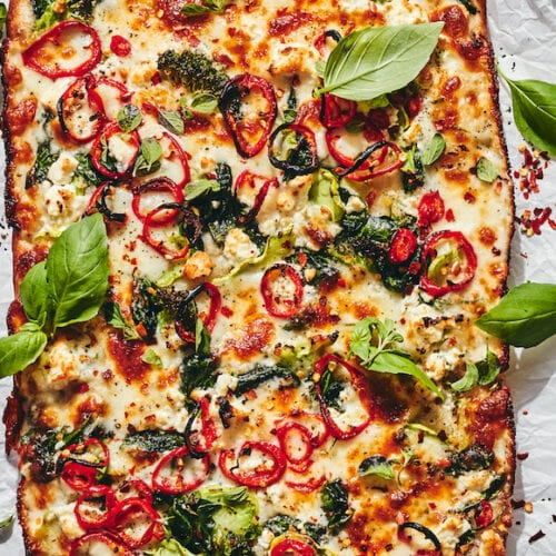 Loaded Vegetable Detroit-Style Pizza from www.whatsgabycooking.com (@whatsgabycookin)