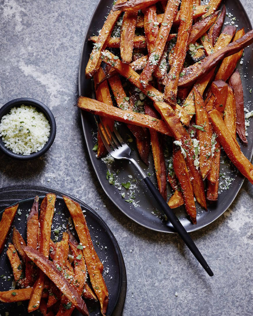 Garlic Herb Sweetpotato Fries from www.whatsgabycooking.com (@whatsgabycookin)