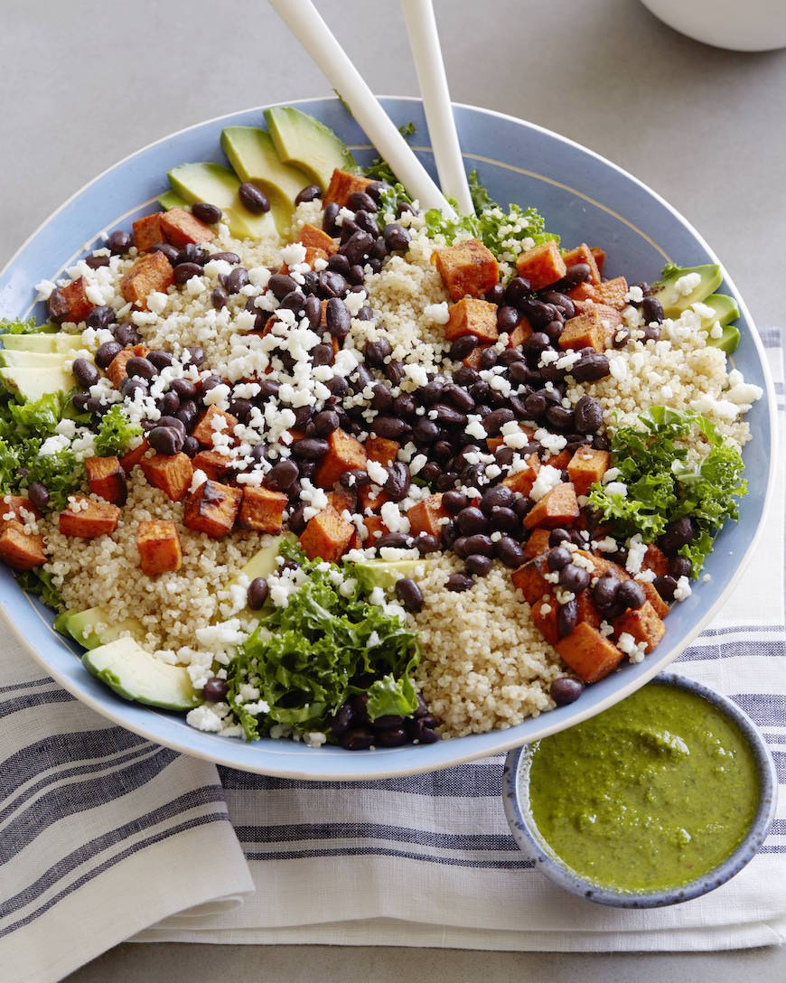 Southwestern Sweetpotato Quinoa Bowl from www.whatsgabycooking.com is the perfect superfood salad! (@whatsgabycookin)