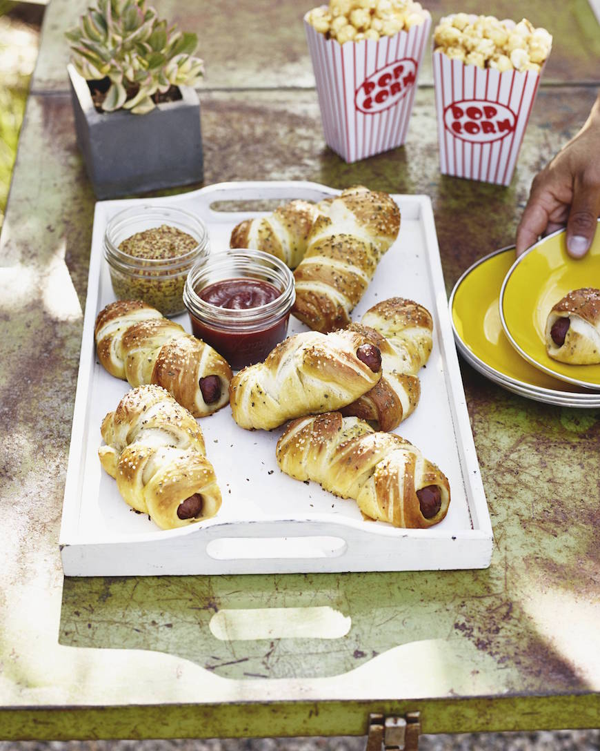 Outdoor Movie Night with pretzel dogs from www.whatsgabycooking.com (@whatsgabycookin)